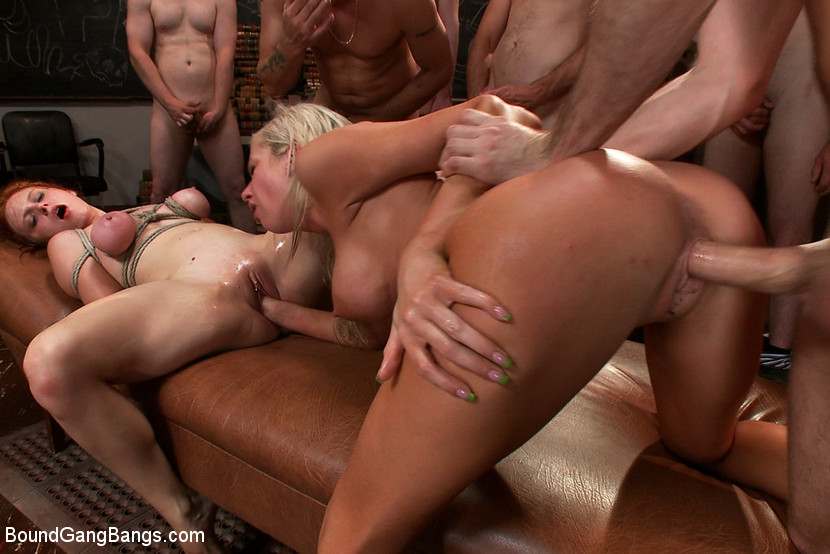 Жесткий групповой секс фото бесплатно 30399 фотография