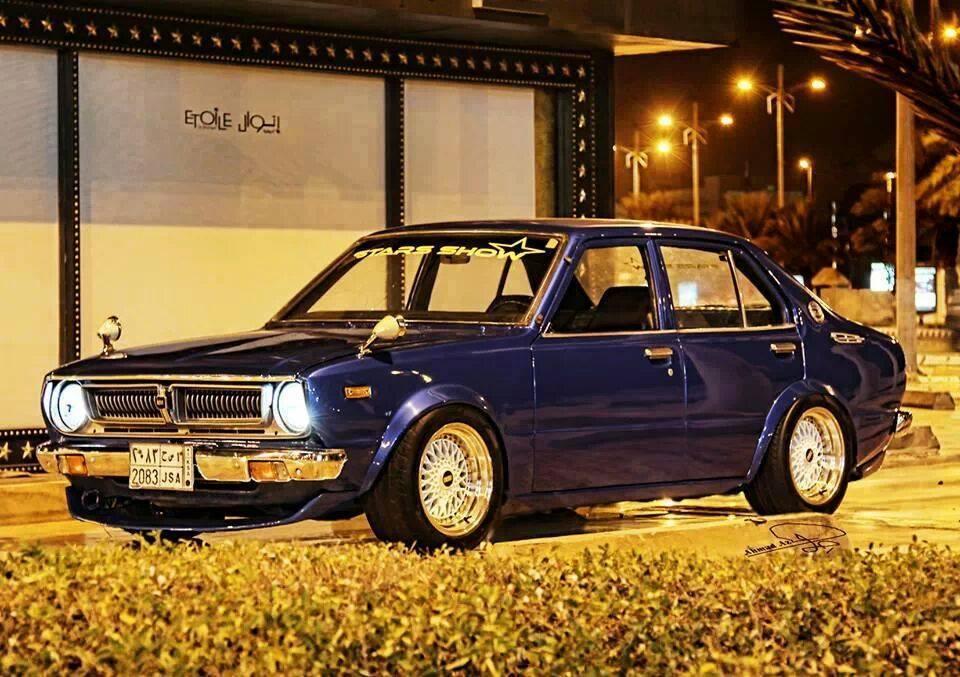 Toyota Corolla E30, klasyczny samochód z Japonii, tuning, nostalgic, dawna motoryzacja, samochody z napędem na tył, fajne stare auta, JDM