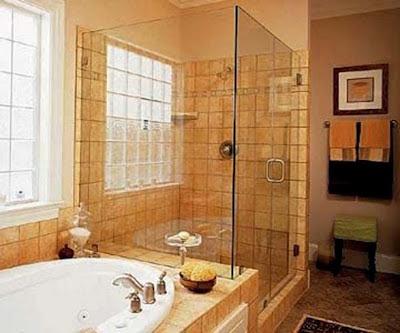 C mo dise ar y decorar un ba o moderno ba os y muebles for Como disenar un bano grande