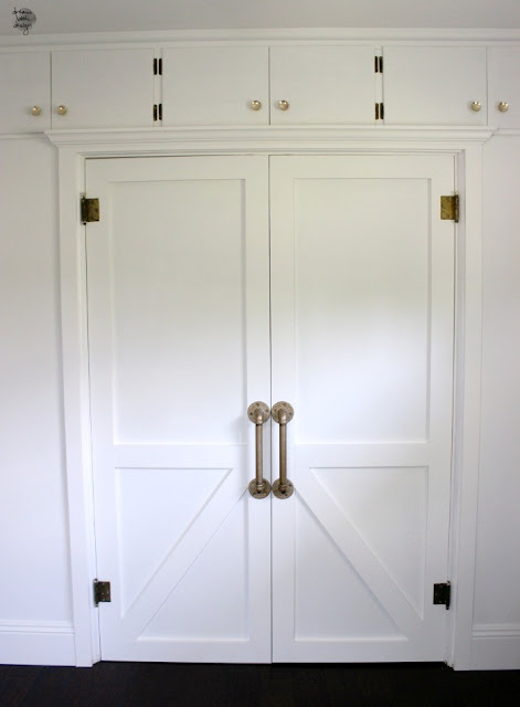 http://2.bp.blogspot.com/-6E-e1RGqmoQ/VZeUArrscaI/AAAAAAAADBY/6EhBEoXXu1g/s640/how-to-build-a-barn-door-1-700x952.jpg