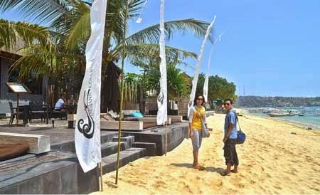 5 Pantai Terindah Di Pulau Bali Lembongan | wuwiwa.blogspot.com