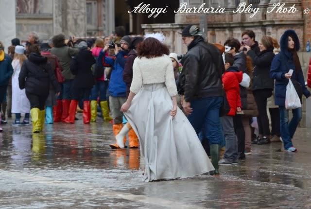 Acqua alta a Venezia di carnevale