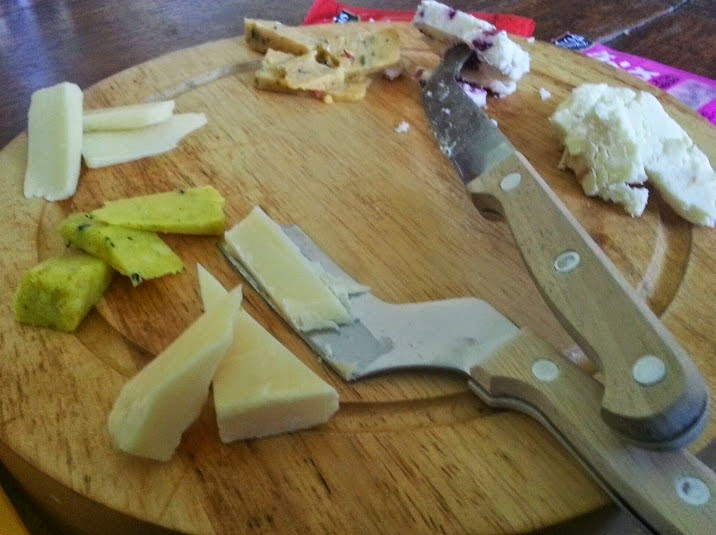 pilgrims choice pick and mix cheeses review close up of cut cheese on cheeseboard