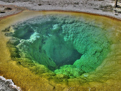 Morning Glory Pool Seen On www.coolpicturegallery.us