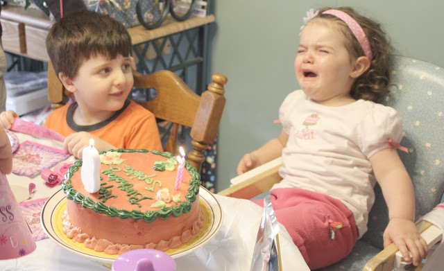 joint birthday party crying kid