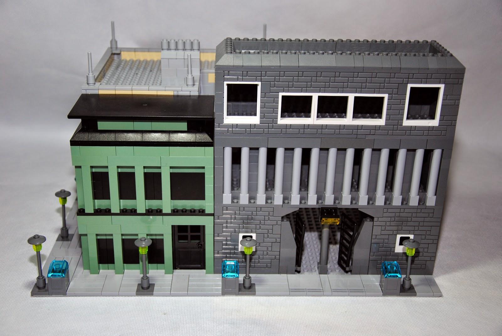 La fachada principal de una de las calles.
