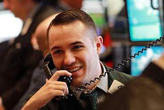 menjadi trader saham