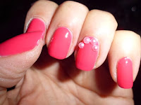 perlas rosas para las uñas