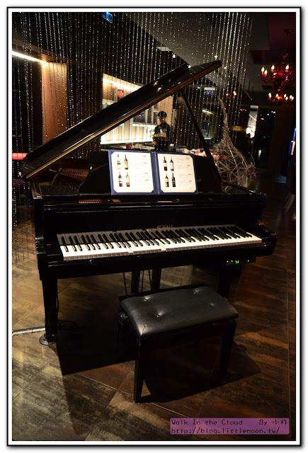 夏慕尼新香榭鐵板燒 - 自動鋼琴