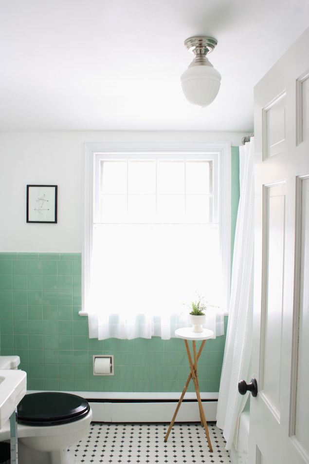Vintage jadeite tile bathroom via Meet Me in Philadelphia