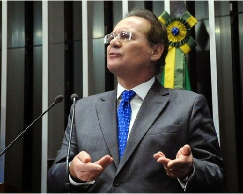Quase 40 políticos a serem investigados por formação de quadrilha. É o que consta no inquérito aberto pelo ministro do Supremo Tribunal Federal (STF) Teori Zavascki, na sexta-feira (6), para apurar desvios da Petrobras descobertos pela Operação Lava Jato, da Polícia Federal.
