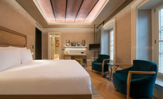 10 Karaköy Istanbul  Deluxe Queen Room