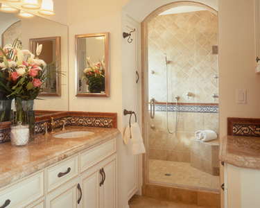 Bathroom Remodeling on San Diego Design   Remodeling Contractors  Small Bathroom Remodeling