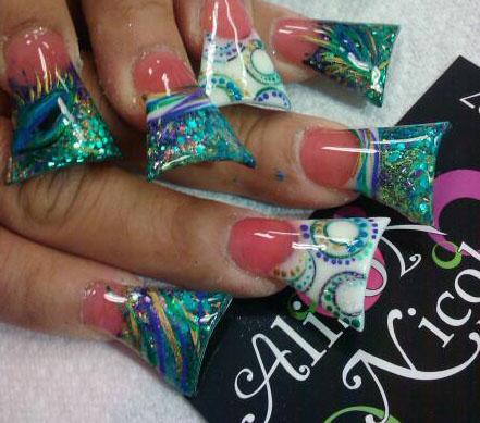 trend alert duck feet nails