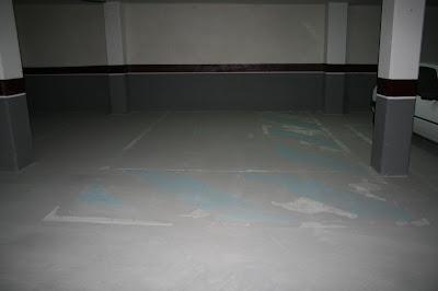 Degradación de la solera de un garaje.