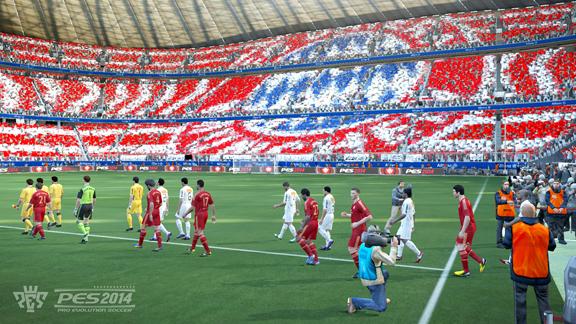 Mundial de Clubes deve estar presente no PES 2014; Santos e Bayern entrando no gramado da Allianz Arena