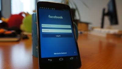 اول صورة لهاتف فايسبوك htc first الجديد
