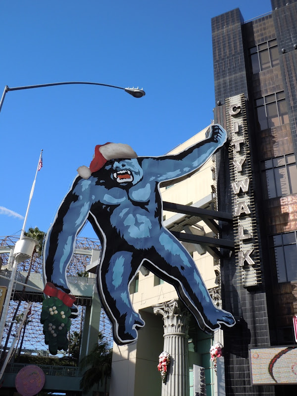 Christmas King Kong Universal CityWalk