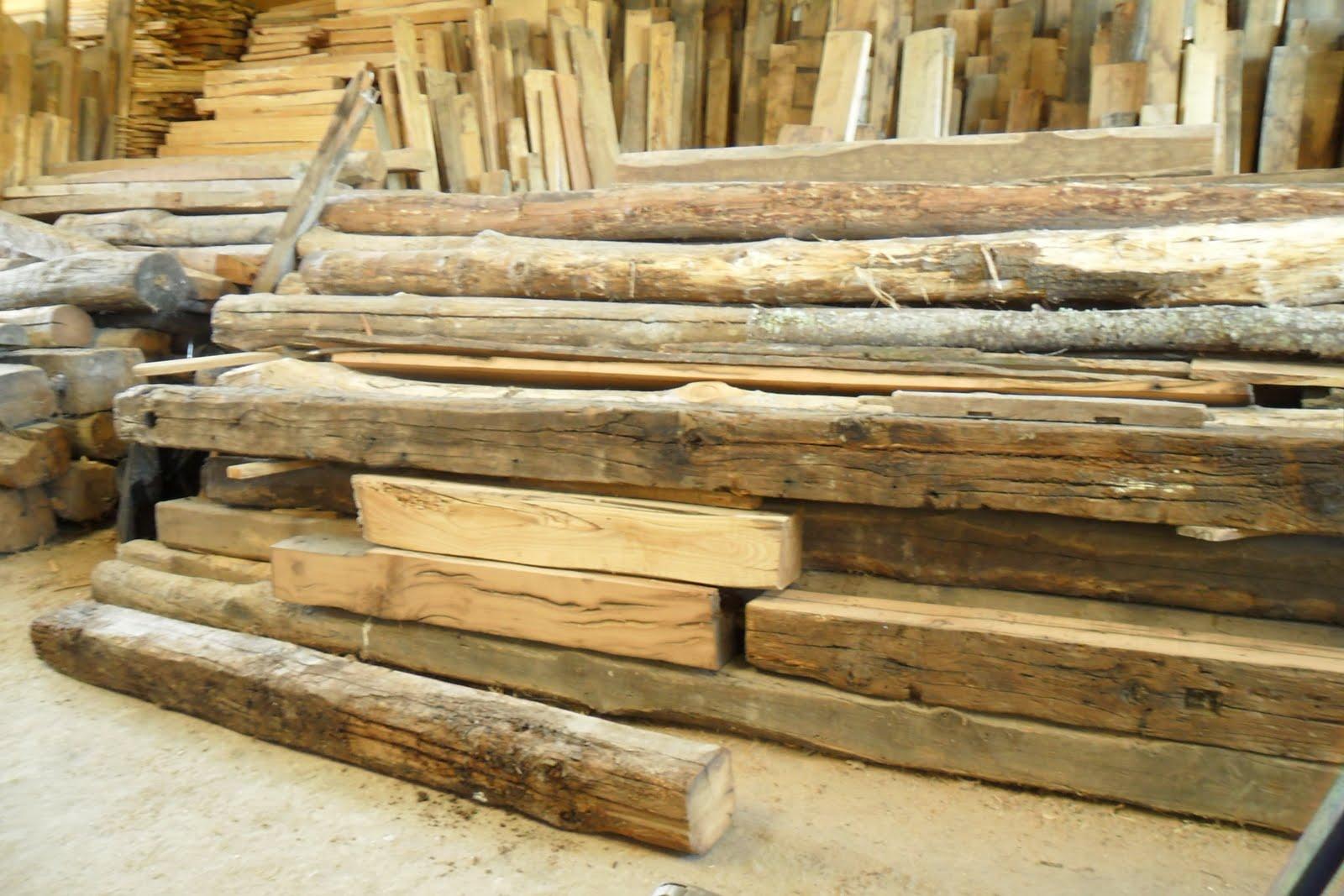 Carpinteria de madera corriols artesanos de hervas vigas for Tejados vigas de madera