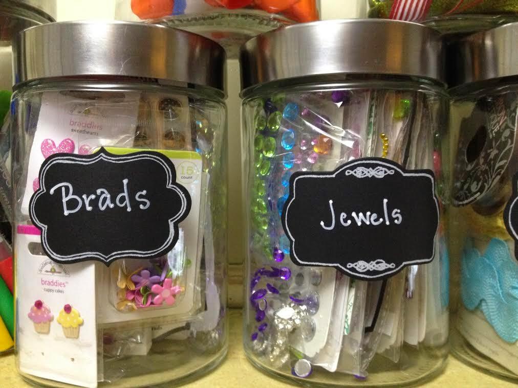http://2.bp.blogspot.com/-6FPhXGS2bGw/UzJUIGxAomI/AAAAAAAABY0/SdJgQRCbwxc/s1600/Brads+&+Jewels.jpg