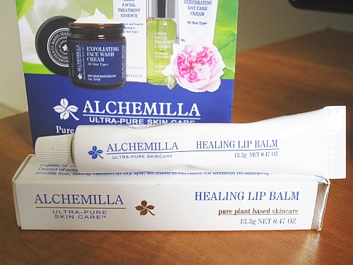 Alchemilla Organic Healing Lip Balm review and GIVEAWAY!