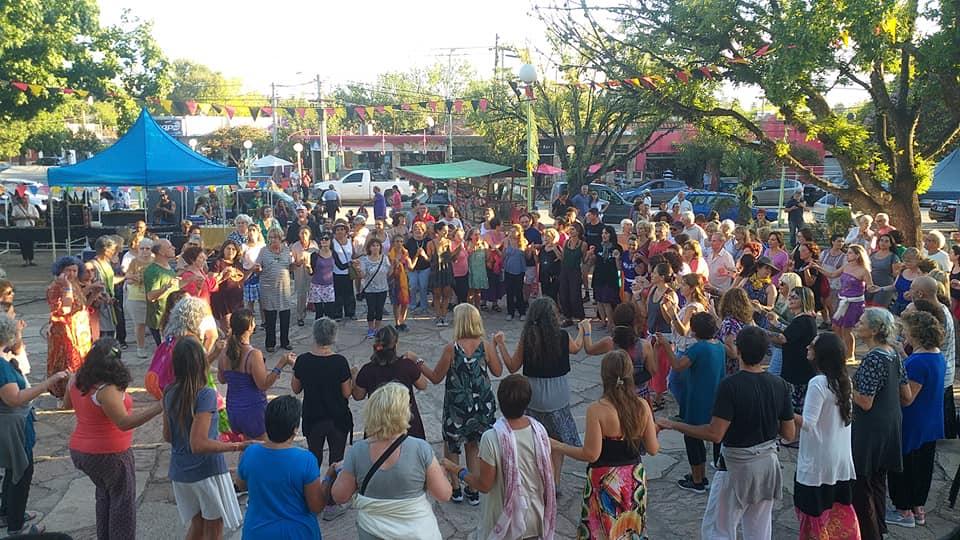 Danzas en la Plaza