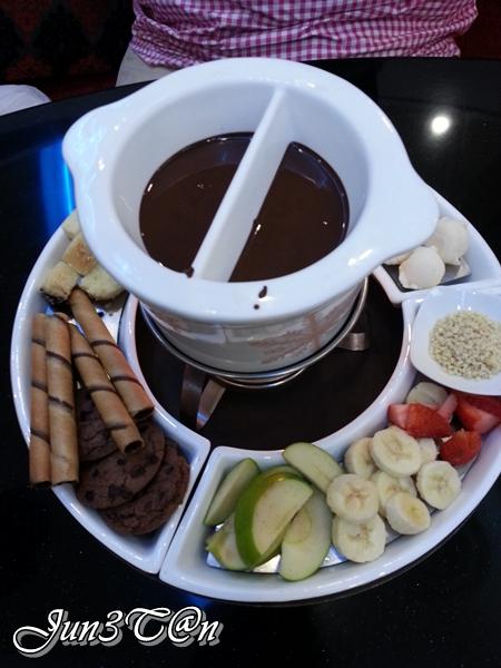 JuneTanyp: Häagen-Dazs Ice Cream Fondue @ Sunway Pyramid