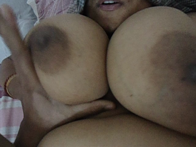 desi indian huge breasts bhabhi masturbating hot pussy images