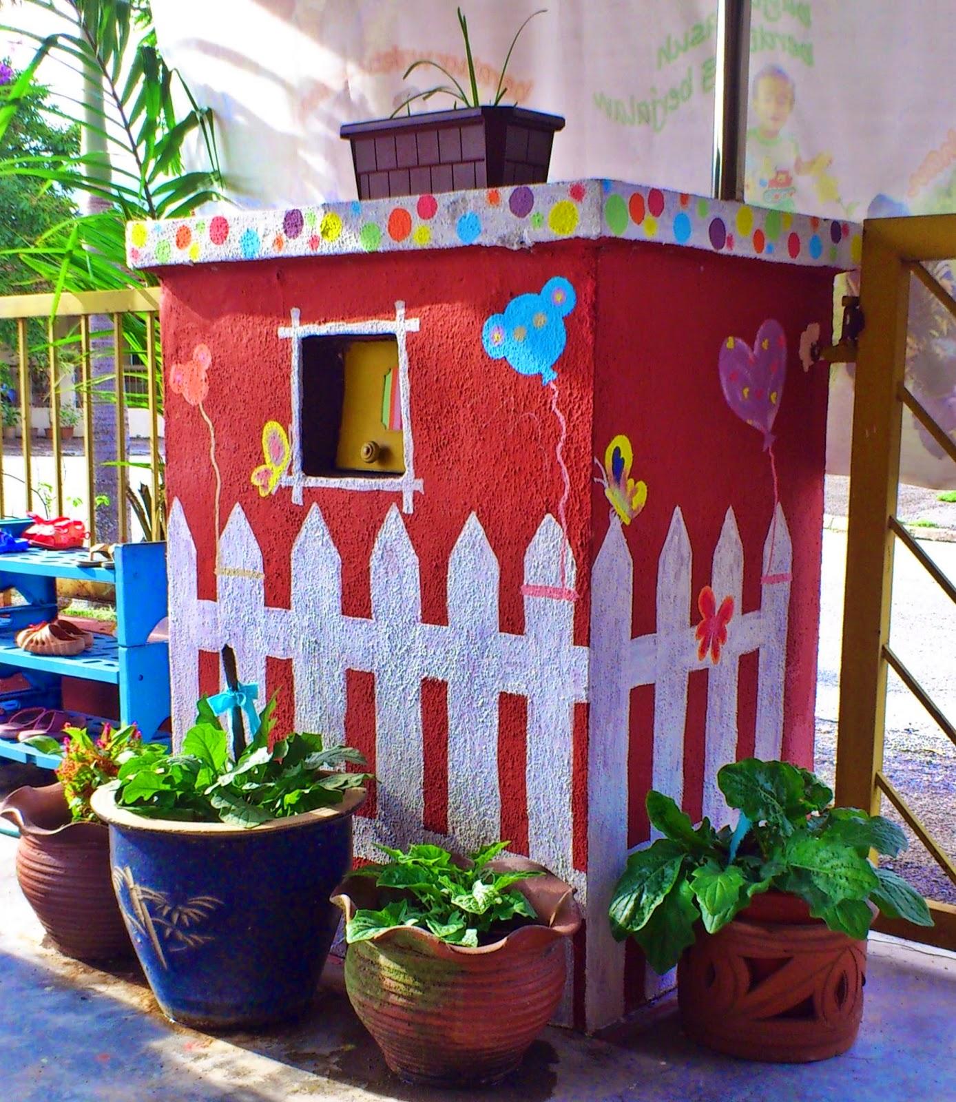 Puteri 39 s mari cipta taman bunga sendiri for Mural untuk taska