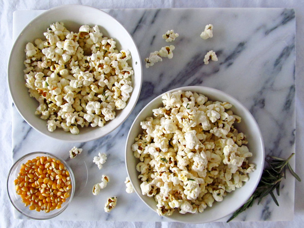 Rosemary Black Pepper Popcorn