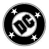 DC Comics . Logo : 2 círculos concentrícos: el externo contiene 4 estrellas de cinco puntos y el círculo interior central contiene las letras D y C