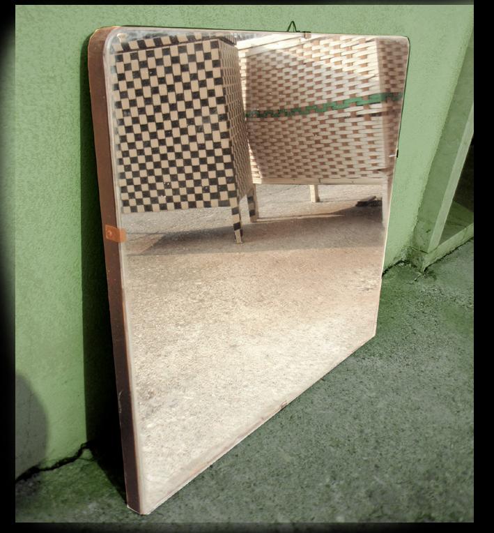 Trovarobando nel bagno anni 39 50 vecchie ceste della for Specchio bagno anni 70