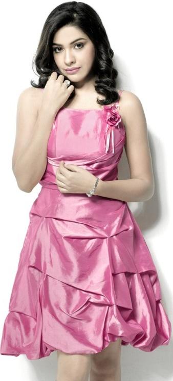 Malayalam Actress Archana Jose Kavi Glowing in Shining Silk Short Skirt