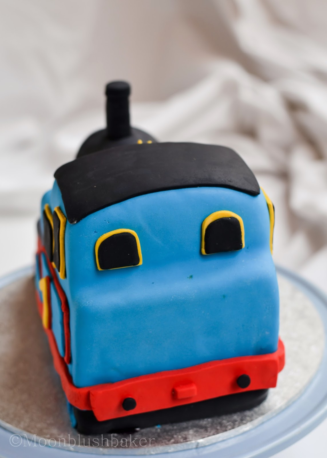 Modelling Muddle How To Make A Fondant Thomas Cake With