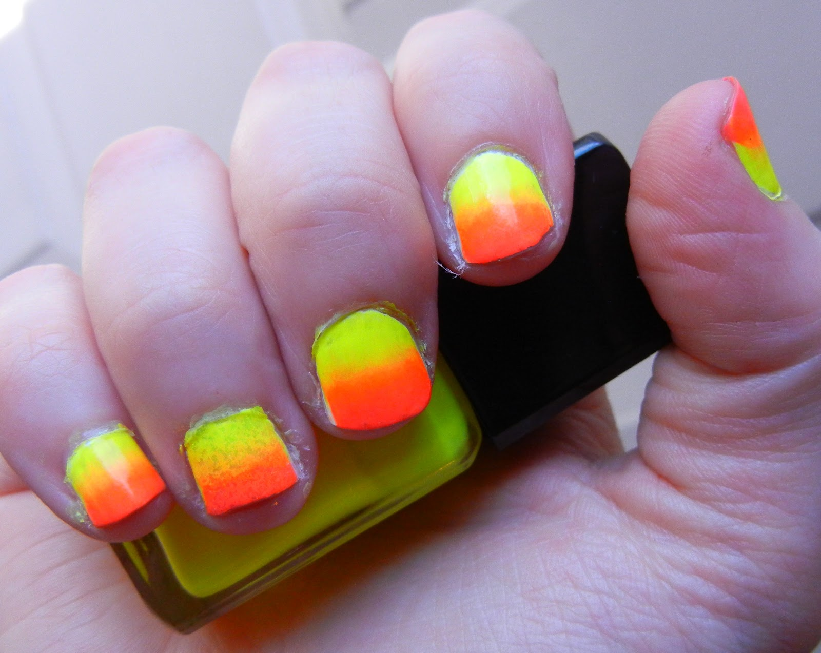Easy neon ombre gradient nail tutorial