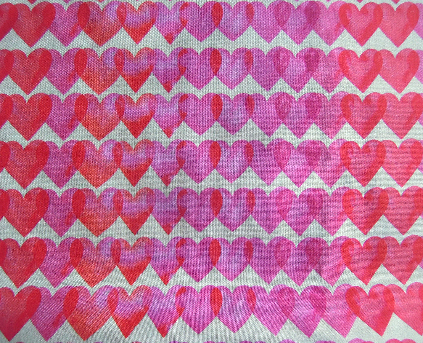 Only $7.49!  2 YDS Love - hearts fabric (click!)