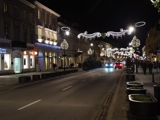 Świąteczna iluminacja na Nowym Świecie