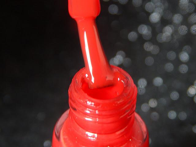 esmalte vermelho