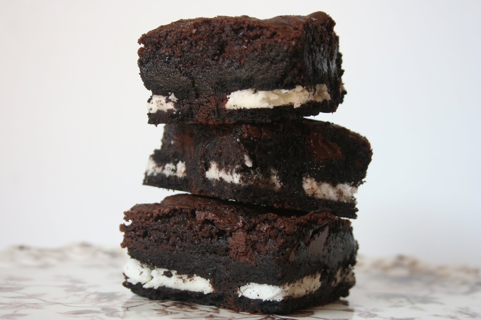 Oreo Brownies, Lightscoop, and a Craft Fail - Home Stories A to Z