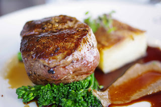 A classic steak with fantastic presentation and flavour