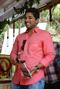 Allu Arjun Stylish Photos Gallery-thumbnail-11
