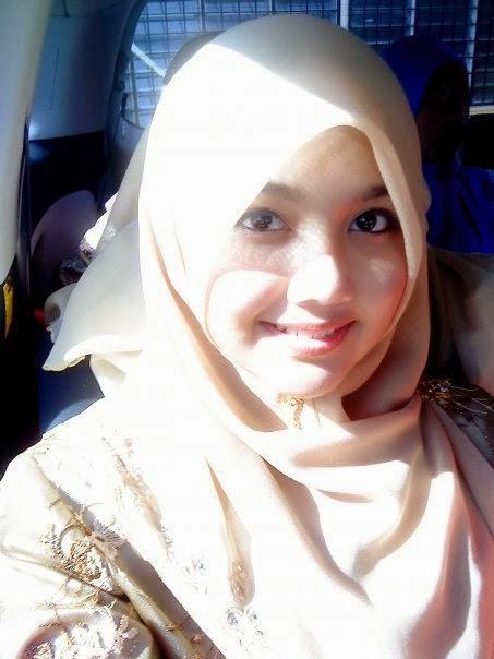 Wanita berjilbab mesum hot terbaru Pic 23 of 35