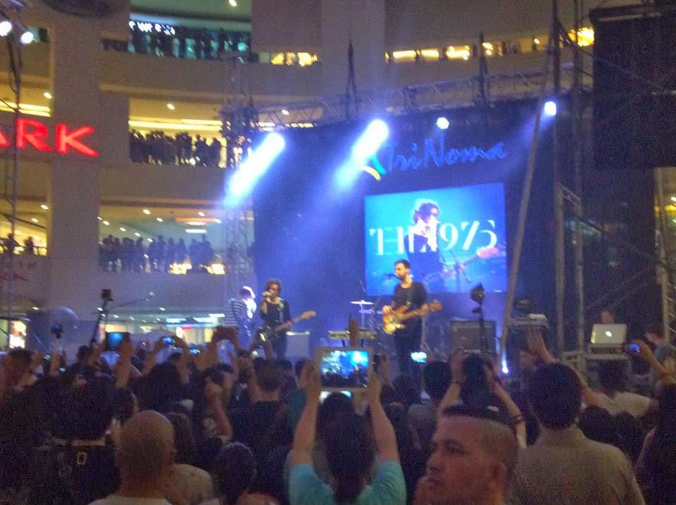 the 1975 live in manila 2014