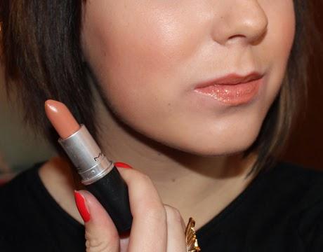 mac lustre lipstick in freckletone. Black Bedroom Furniture Sets. Home Design Ideas