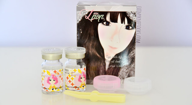 The Bunny 3-Color Gray circle lenses from Klenspop came in glass vials, along with a free lens case and a pair of plastic tweezers.