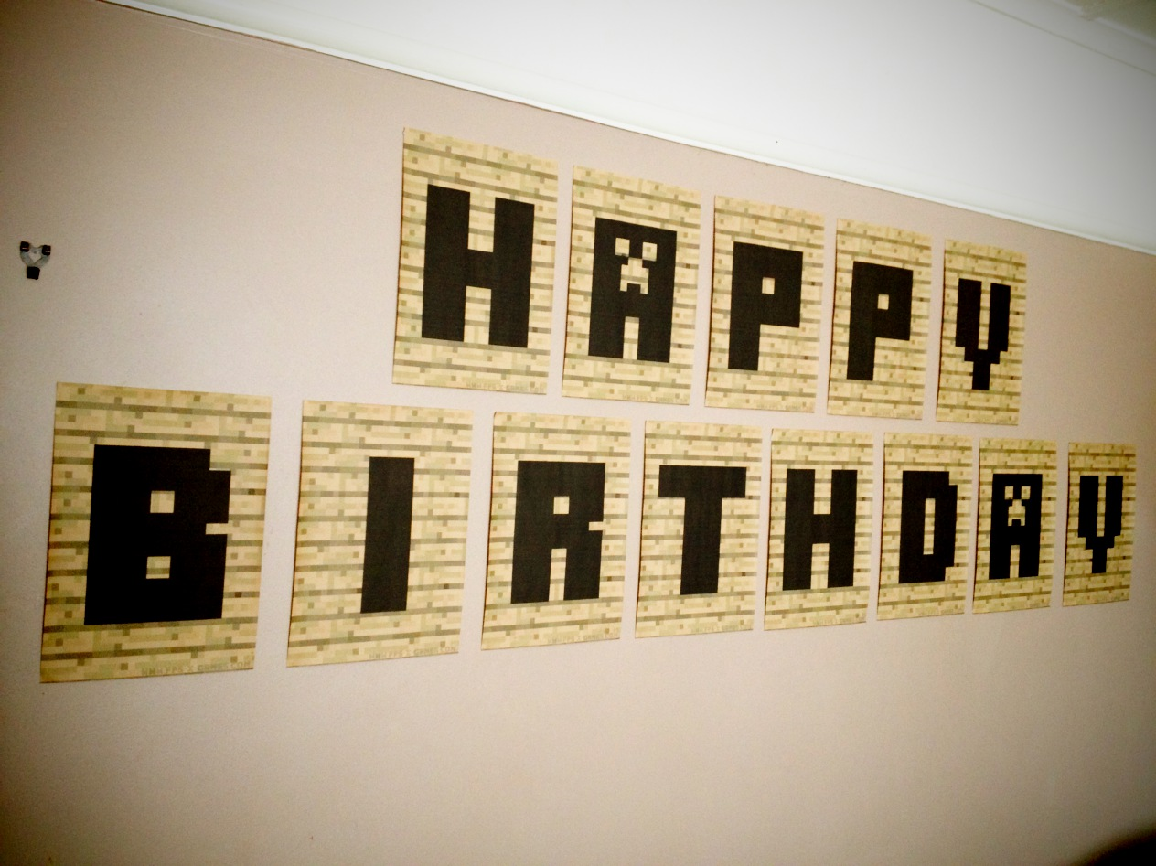 Fresh Minecraft happy birthday banner bunting