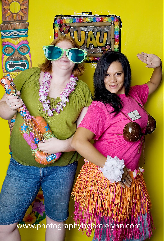 Hawaiian Photobooth Sungles Gr Skirts Coconut Bra Lei