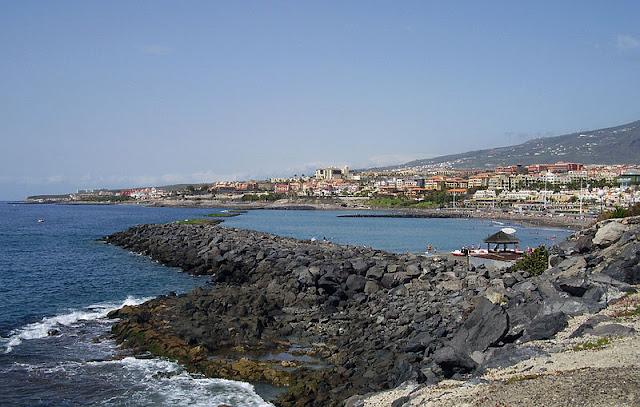 Playa de Torvoscas & Playa de Fañabe