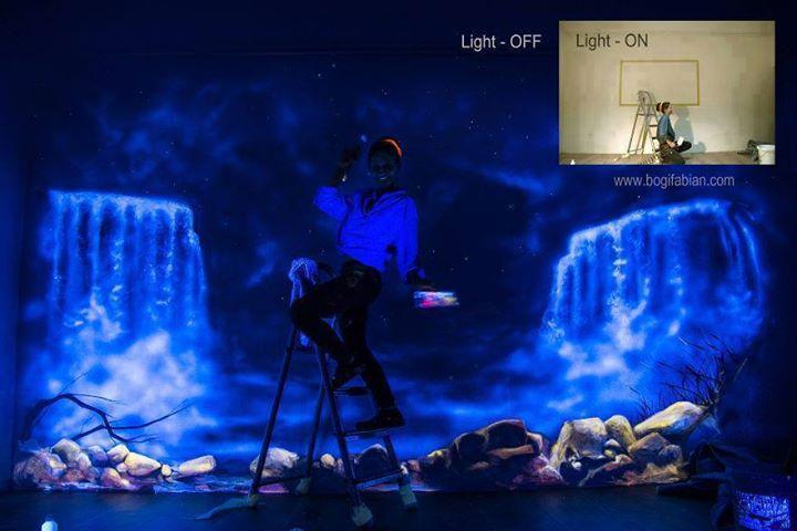Seni Mural Menyala (Glowing Murals) oleh Bogi Fabian