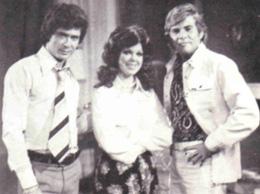 Eduardo Serrano, Rebeca Gonzàlez y Rolando Barral
